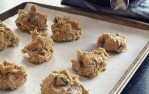 Photo de Pâte à biscuit aux brisures de chocolat